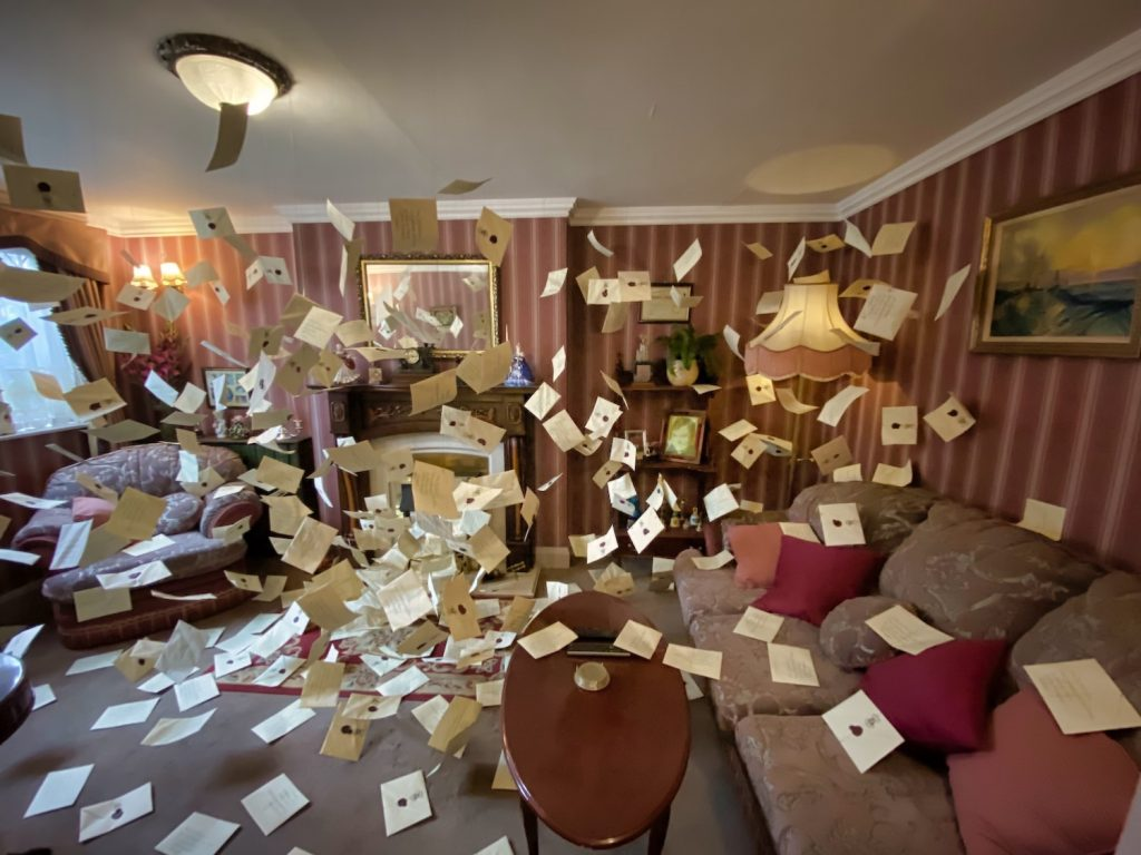 Harry Potter Studio Tour - Backlot - Letters to No One