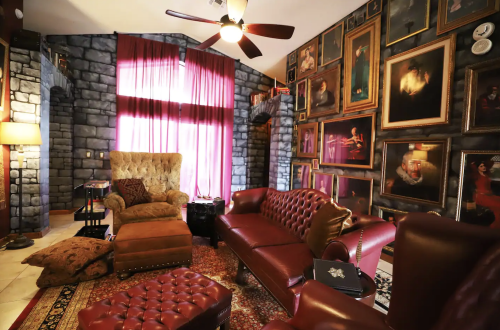 Best Harry Potter Airbnbs - Wizarding Home near Orlando